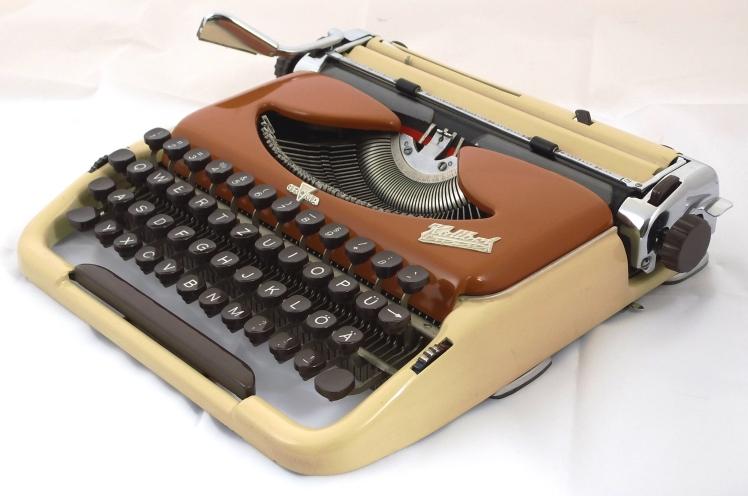 Groma Kolibri 1961-2 lux
