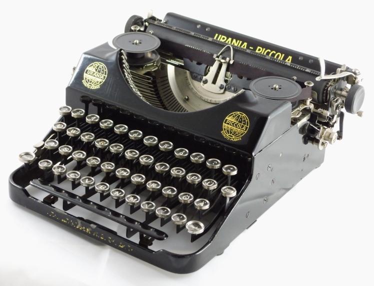 Urania 1933